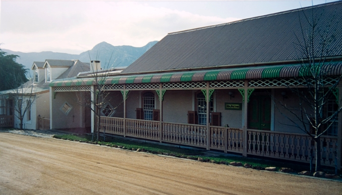 "Sas Vermeulen's house ""Klein River Lodge"" in King Street in 1988/89, today Galashiels Guest House. Photo: Jake Heese"